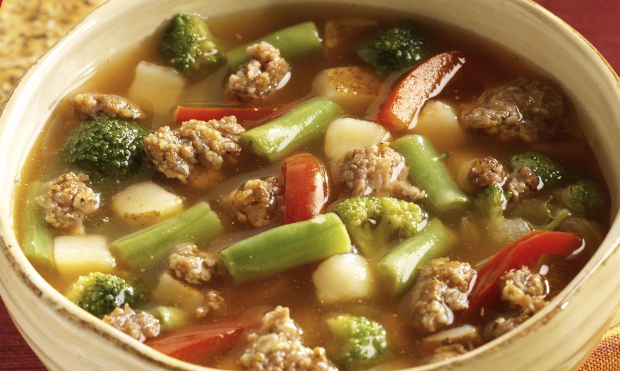Slow Cooker Sausage Vegetable Soup